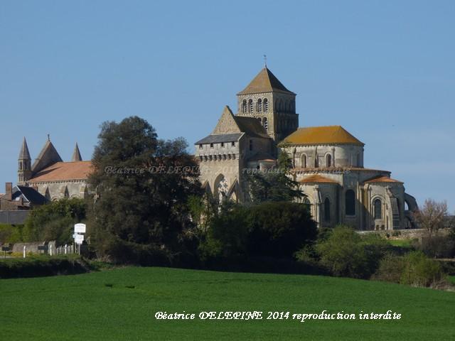 Abbatiale de Saint Jouin de Marnes 79